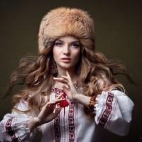 вишиванка українка